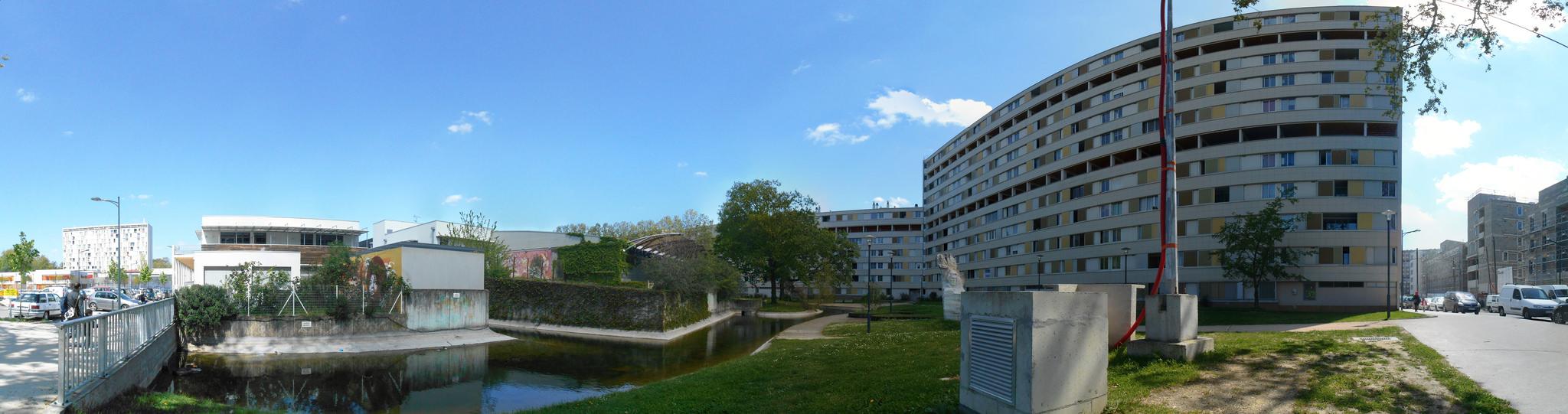 Rue Paul Gauguin vue arrière Alban Minville